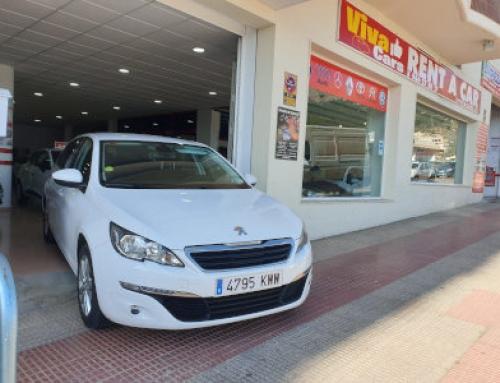 ¿Buscas un RENT A CAR bien valorado en Alicante? Viva Cars es tu mejor elección