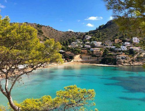 Disfruta del buen tiempo alquilando un coche para hacer una ruta por los rincones naturales de Alicante